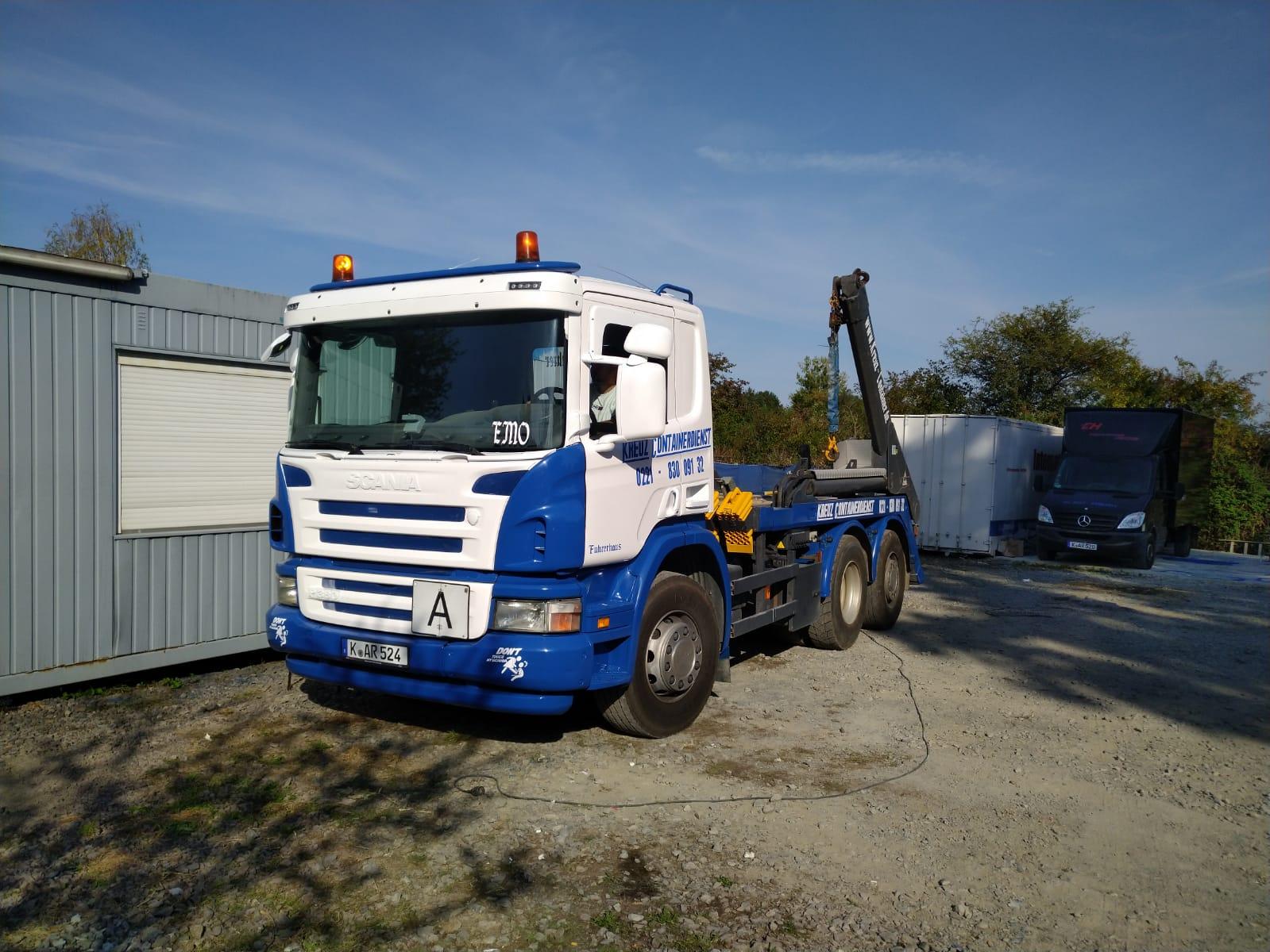 Kreuz Containerdienst in Köln - seit über 20 Jahren für Sie in Köln und Umgebung aktiv.